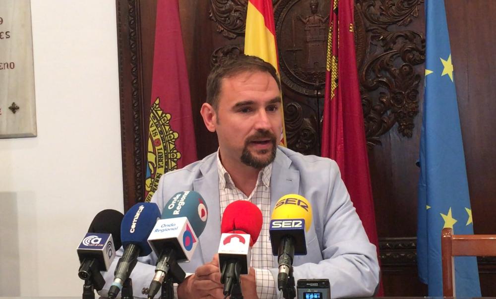 Mateos insiste en la necesidad de construir un tramo inferior para vehículos en San Antonio y en la terminación de la Ronda para desbloquear el tráfico en Lorca