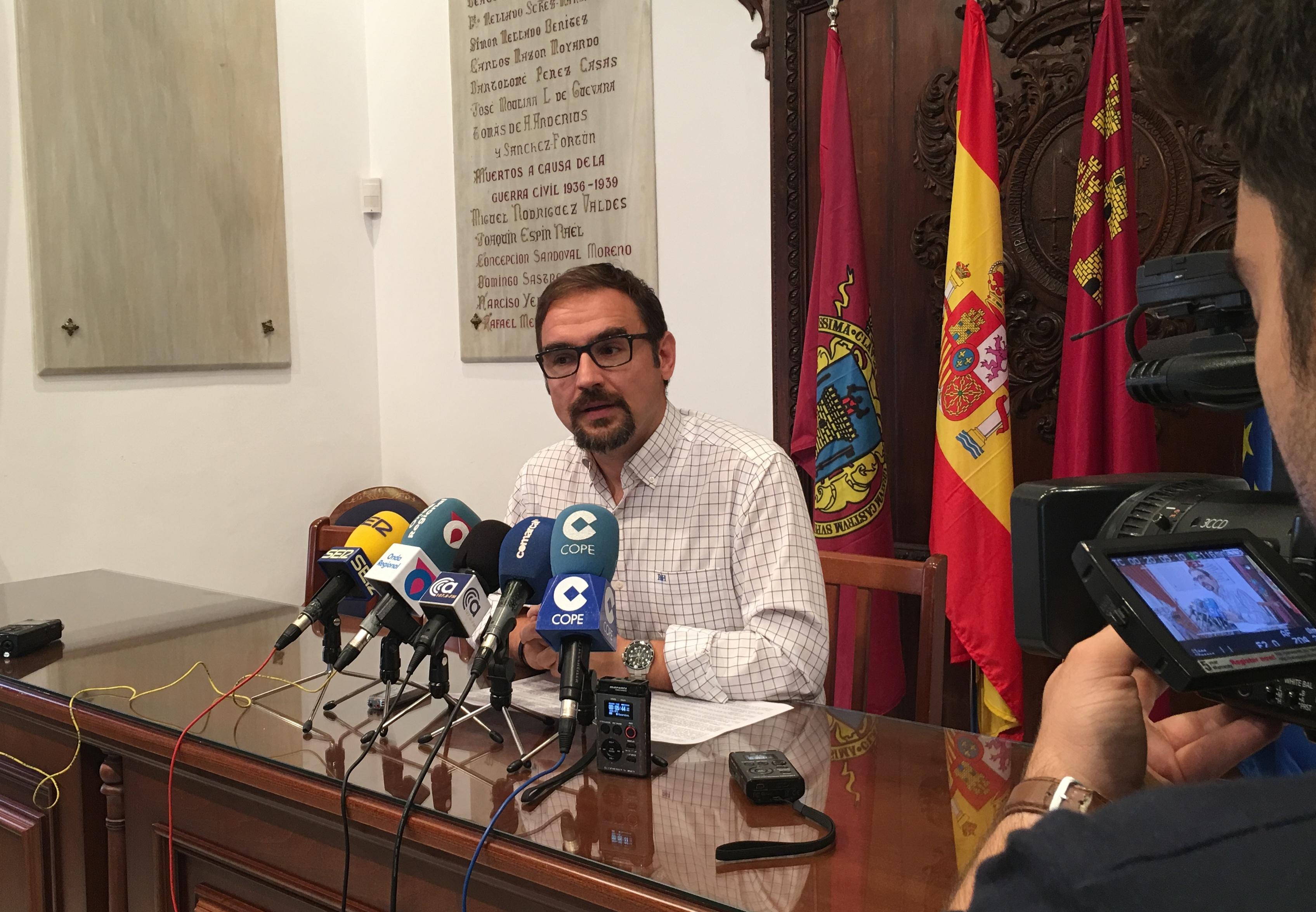 El PSOE pide colaboración ciudadana para que lorquinos y visitantes puedan disfrutar en Semana Santa de una ciudad limpia, segura y accesible