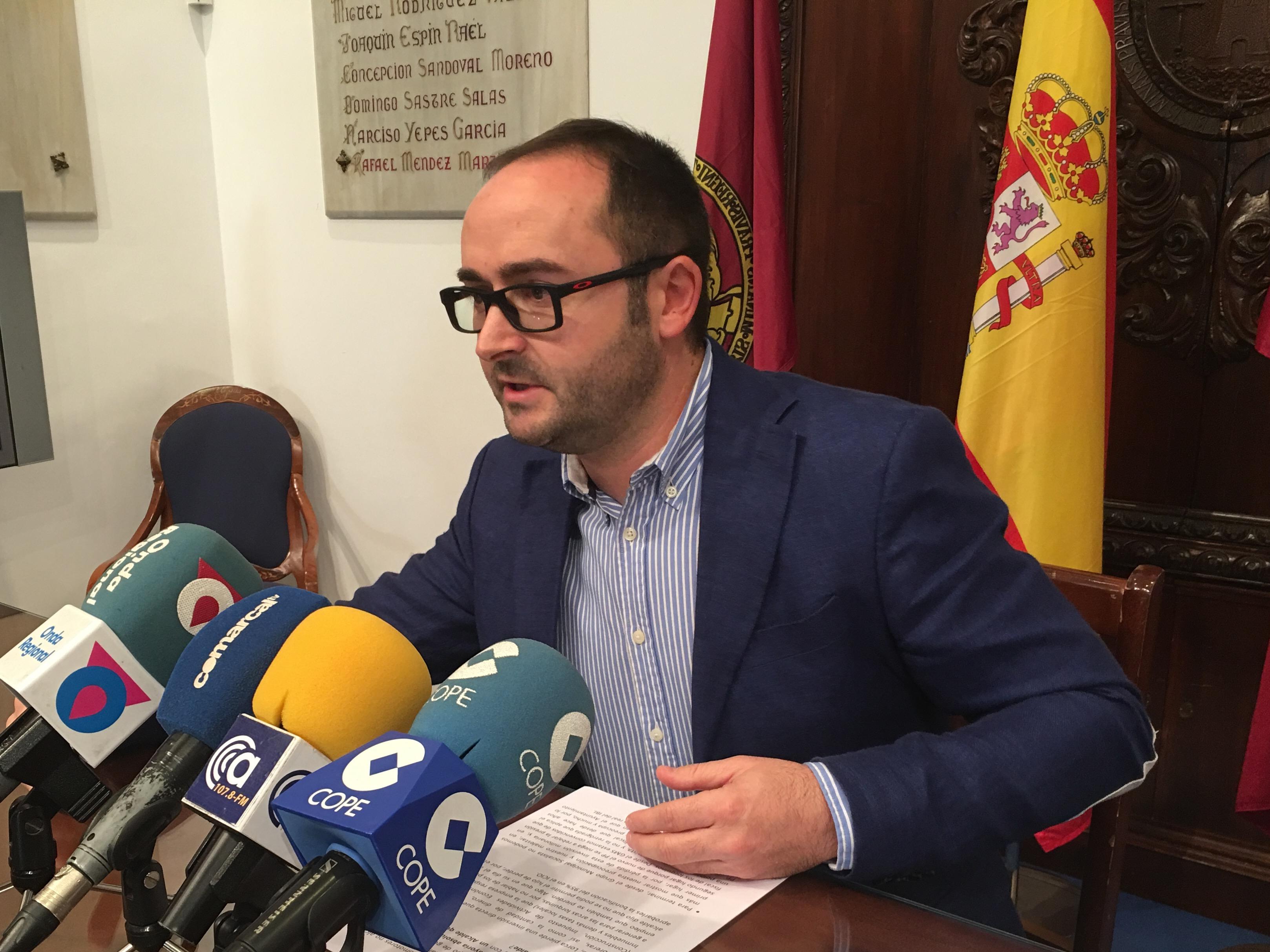 """PSOE: """"La torpeza del PP ha hecho que Lorca pierda 9 millones de euros con la fuga de la planta solar de Almendricos a otro municipio"""""""