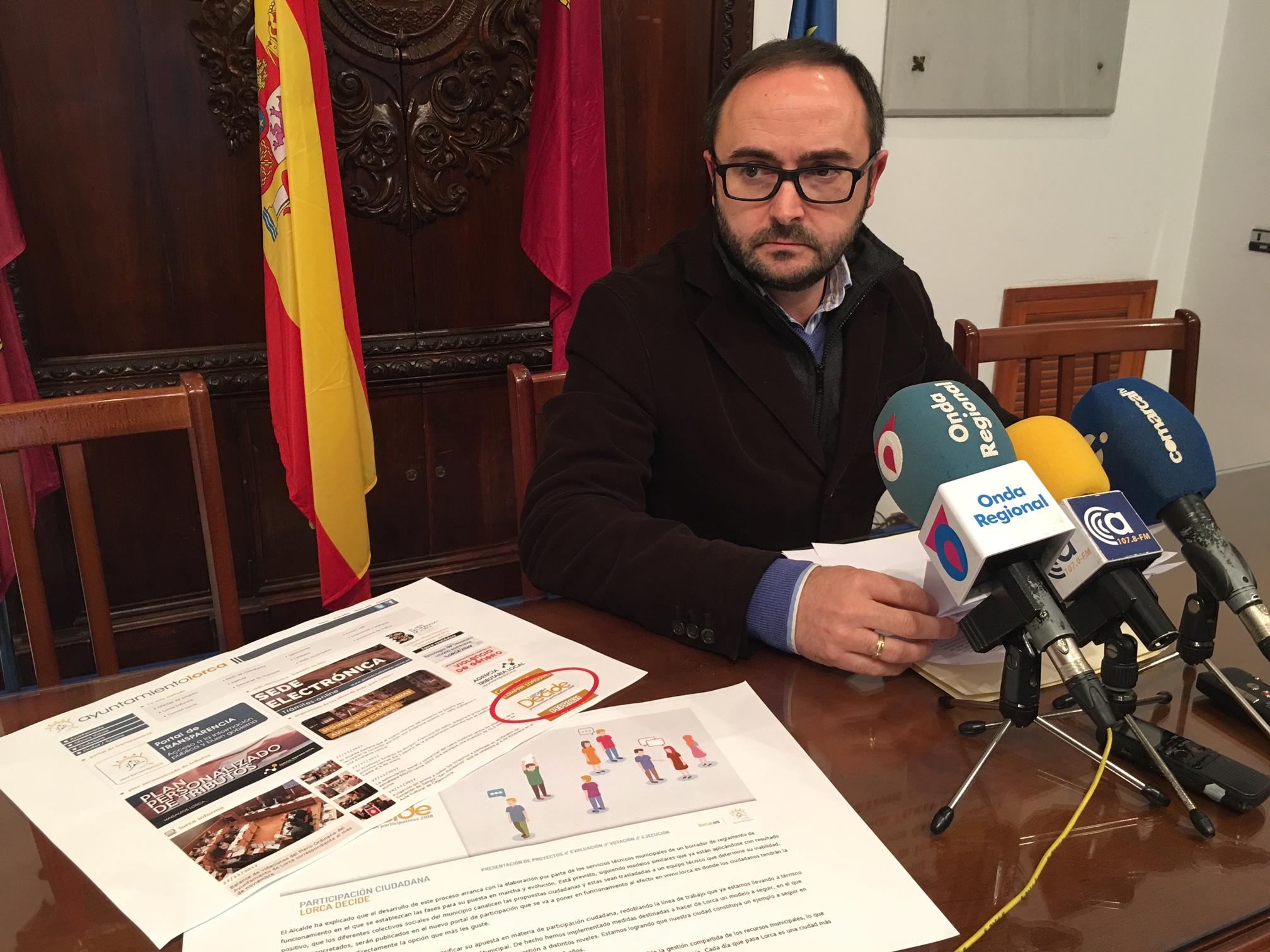 """PSOE: """"Los lorquinos siguen sin poder participar en la elaboración de los presupuestos por la intolerable tardanza del Partido Popular"""""""