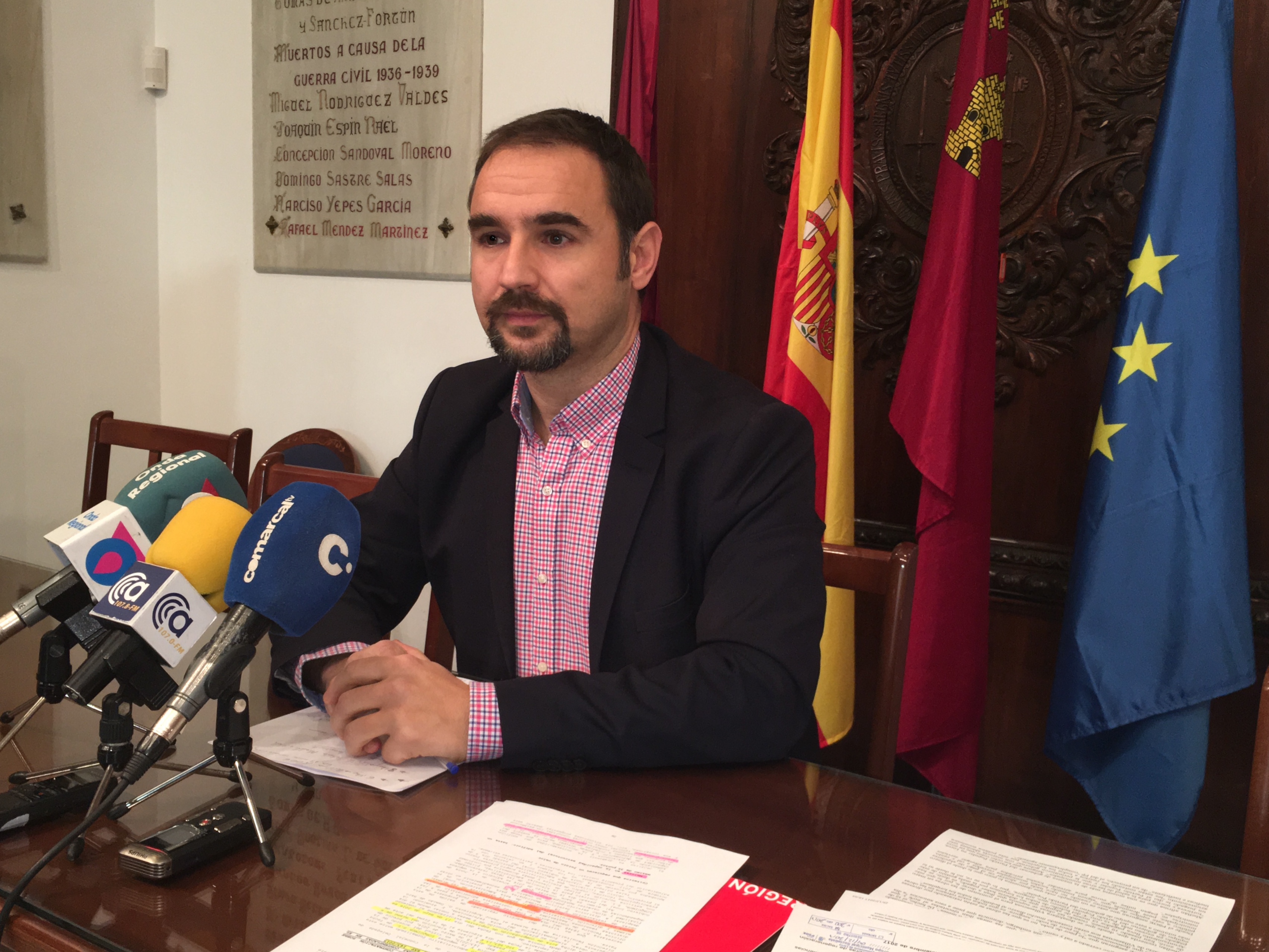 Mateos vuelve a exigir mayor control, coordinación y planificación en las obras que tienen levantada la ciudad para minimizar las molestias