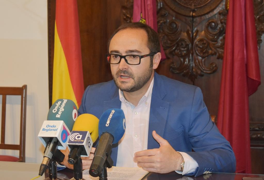 """PSOE: """"Es lamentable ver cómo el PP desempolva sus viejas cantinelas del pasado para tapar la traición que van a cometer contra Lorca si no votan a favor de los Presupuestos Generales"""""""