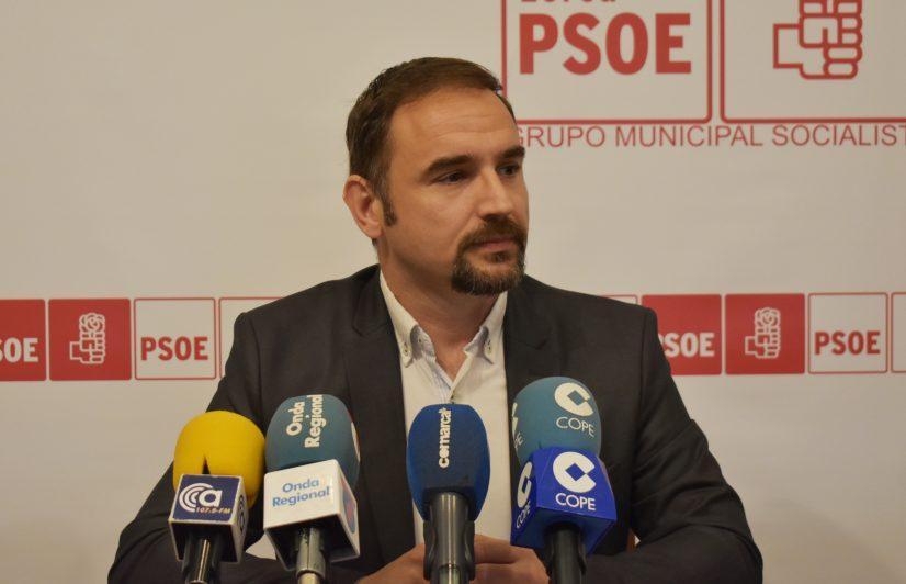 Entra en funcionamiento la Comisión Especial de Sugerencias y Reclamaciones, propuesta por el PSOE