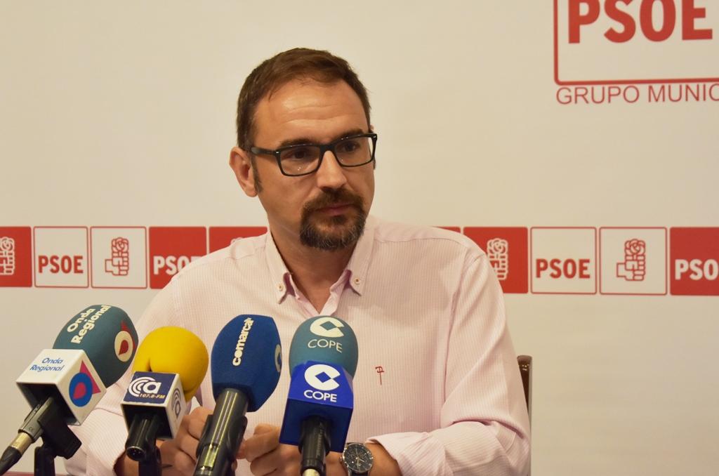 El PSOE anuncia alegaciones para conseguir mejoras en el transporte urbano de acuerdo a las necesidades de los usuarios de la ciudad y de pedanías