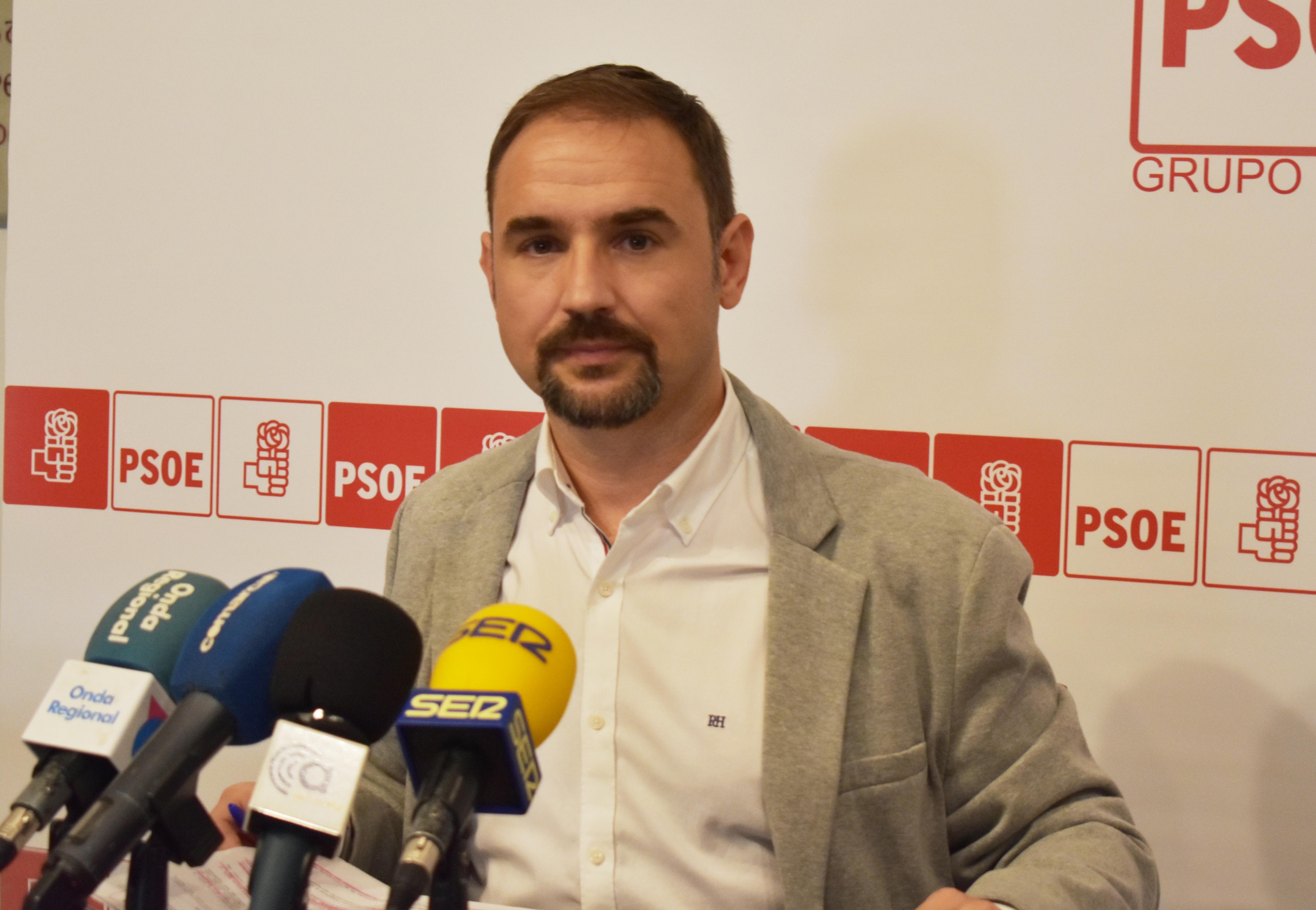 """El PSOE apoya las mejoras que """"ahora"""" se acuerda el Alcalde de solicitar aunque advierte que podrían suponer nuevos retrasos para la llegada del AVE"""