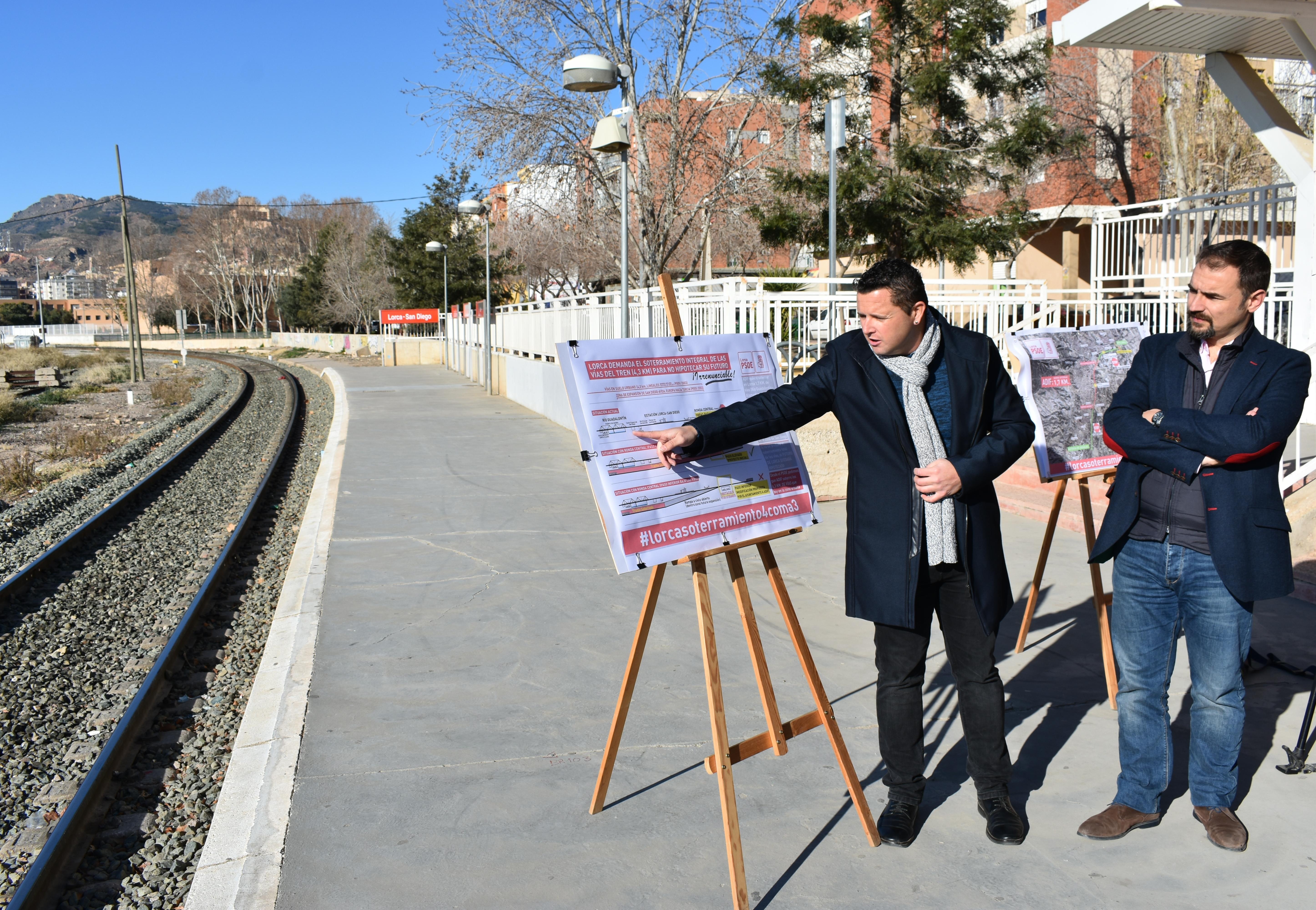 Mateos celebra la decisión del Gobierno de España de ampliar el soterramiento del AVE en Lorca de los apenas 1,9 km hasta los 3,2 aunque no renuncia a conseguir el máximo posible