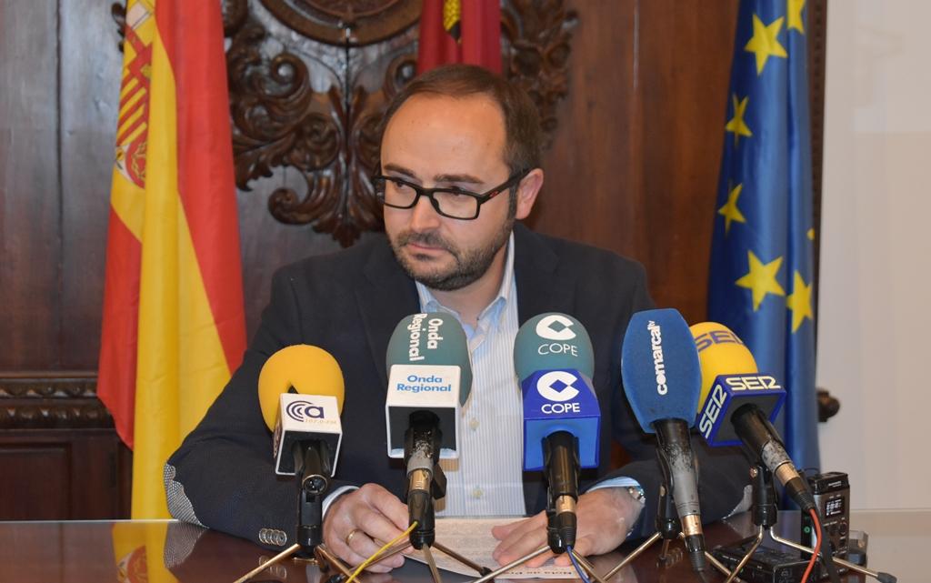 """PSOE: """"El tercer plan financiero que se ve obligado a aprobar el Ayuntamiento de Lorca es la constatación del fracaso de la gestión económica del PP"""""""