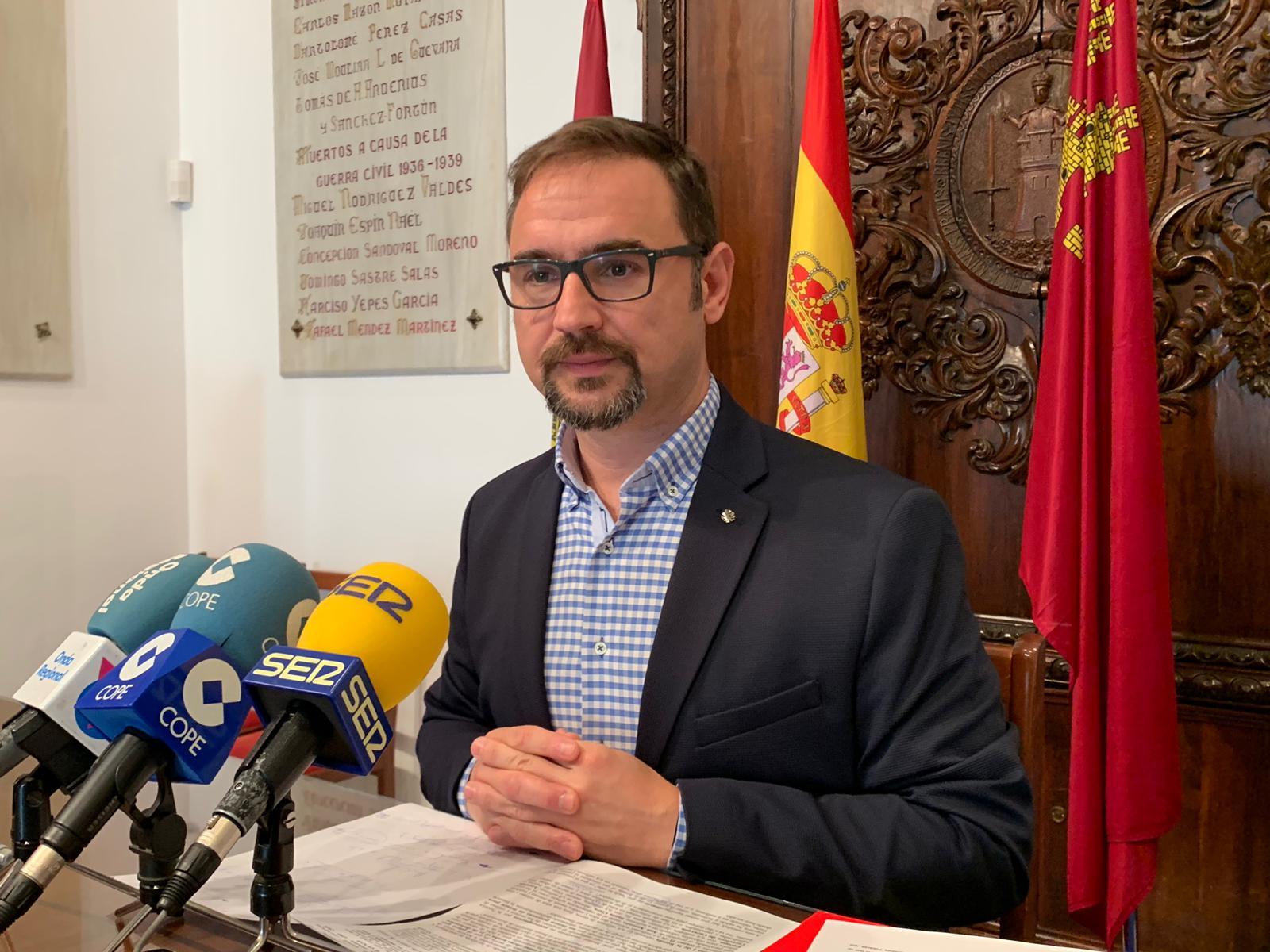 """El PSOE reunirá a sus Alcaldes y portavoces de los municipios del área III para exigir al PP la revisión de la """"sospechosa"""" adjudicación del transporte sanitario a empresas de fuera de la Región"""