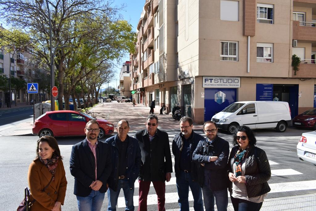 Diego José Mateos propone medidas para solucionar la falta de zonas de aparcamiento en Alameda de Cervantes tras las obras