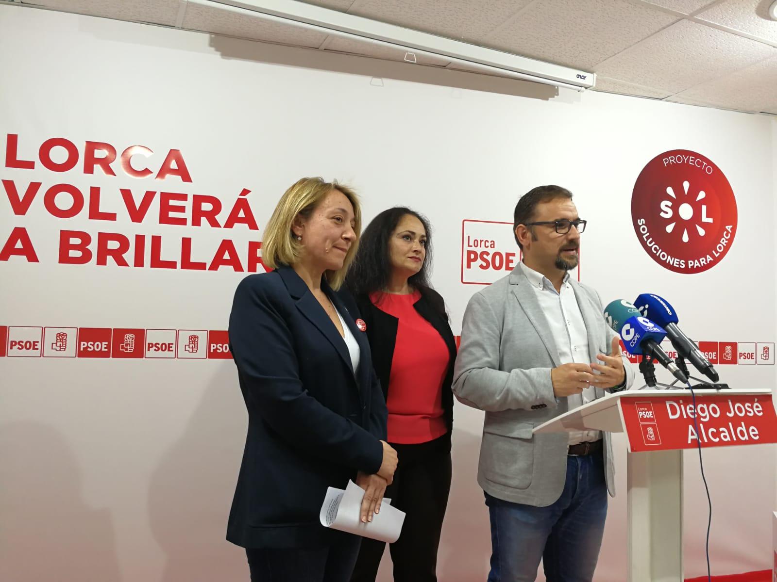"""Diego José Mateos: """"El objetivo del PSOE es conseguir las mejores infraestructuras educativas para Lorca con las que garantizar la equidad, la estabilidad y la excelencia de la Educación Pública"""""""