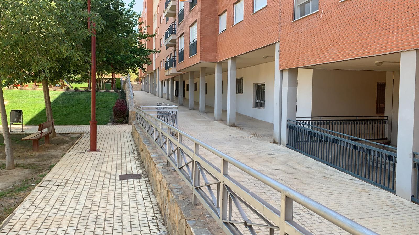 El PSOE creará una Biblioteca con sala de estudio en los bajos de titularidad municipal de la Calle Abellaneda, esquina Parque Diario La Verdad
