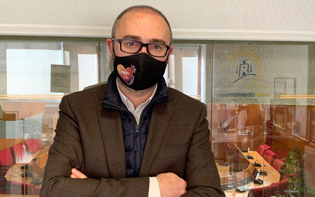 El PSOE de Lorca sigue trabajando en la concesión de ayudas a comerciantes y hosteleros mientras el PP se enfada viendo cómo se hace un trabajo que ellos nunca han hecho
