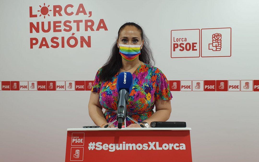 La concejala de Educación, Antonia Pérez, insta a la edil de IU-Verdes a preguntar sobre las actuaciones en materia de educación realizadas por el equipo de Gobierno antes de hacer denuncias en los medios de comunicación